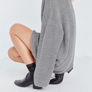 Knit Grey Sweater Urban Outfitters
